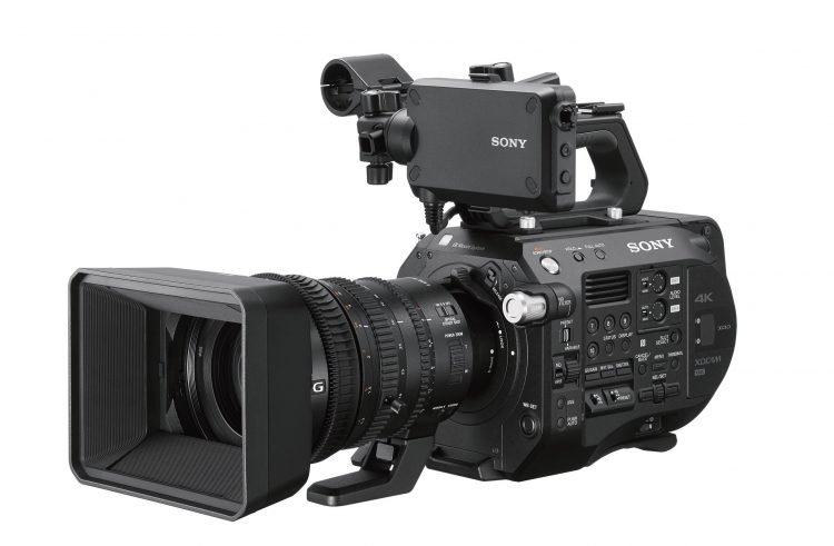 Sony PXW-FS7M2 Front SELP18110
