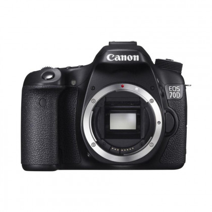 EOS 70D + 18-200 IS