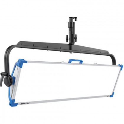 ARRI L0.0012948 ARRI SkyPanel S120-C LED Softlight - Blue/Silver, Manual Yoke