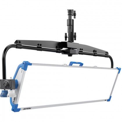 ARRI L0.0012953 ARRI SkyPanel S120-C LED Softlight - Blue/Silver, Pole Operated Yoke