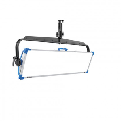 ARRI L0.0012952 ARRI SkyPanel S120-C LED Softlight - Black, Pole Operated Yoke