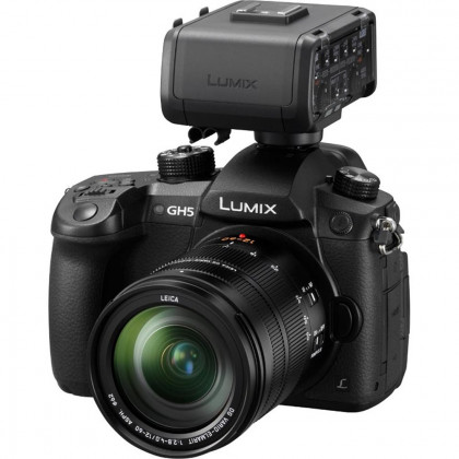 PANASONIC PAN-DCGH5EB-KXLR Panasonic LUMIX DC-GH5 and XLR Adaptor BUNDLE